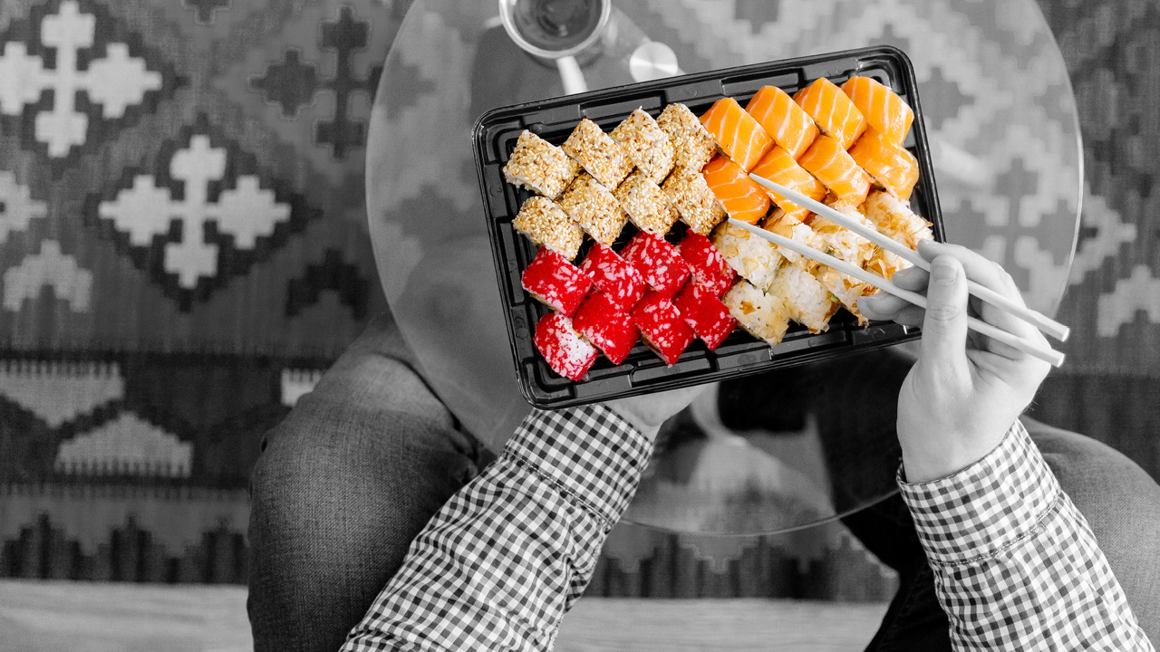 eating sushi; image used for HSBC Australia Day to Day Account.